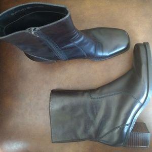 Bandolino Genuine Leather Boots